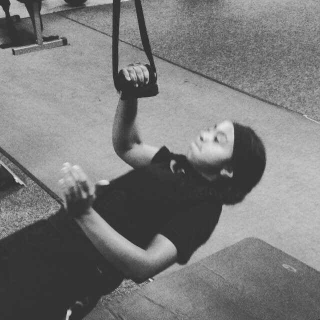 @_babyyy_dee beating it w one arm body rows. #team_NEXTLEVEL #newmexicosportsacademy. Shes killin it this season in #bas...
