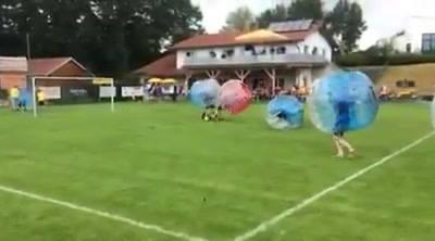 Hier und in den Kommentaren noch ein paar  Videos von heute in Katzbach.