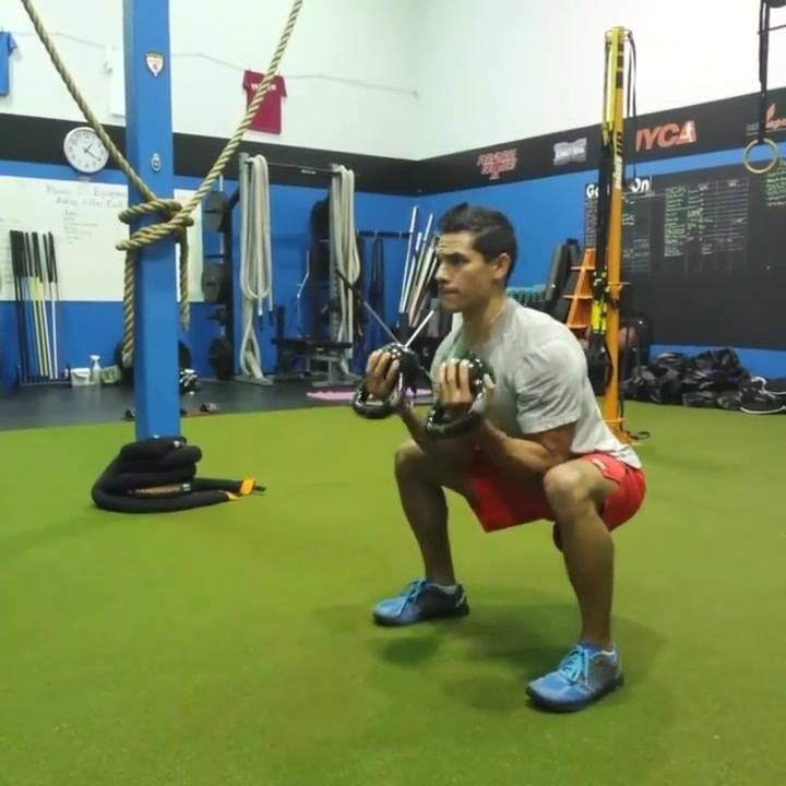 Michael getting some Iso patterns today.-Iso squat hold w/ curls -Iso lunge hold w/ alternating presses
