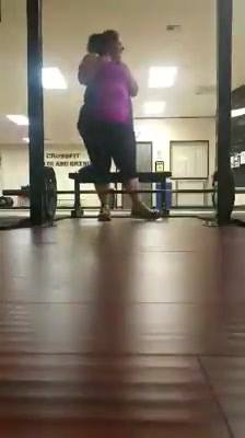 Sombra is killing weights..135# 62kg deadlift..She has never lifted weights..today makes her 7th week..Watch out....anot...