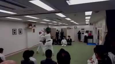 Yokumen Uchi Jiyu Waza, Kagami Biraki 2016, Nihombashi, Tokyo